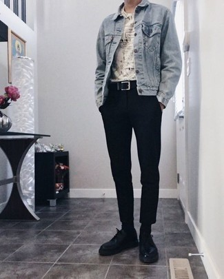 Men's Looks & Outfits: What To Wear In 2020: This laid-back combination of a light blue denim jacket and black chinos is a fail-safe option when you need to look dapper in a flash. If you want to immediately lift up your getup with a pair of shoes, why not add a pair of black leather derby shoes to the equation?
