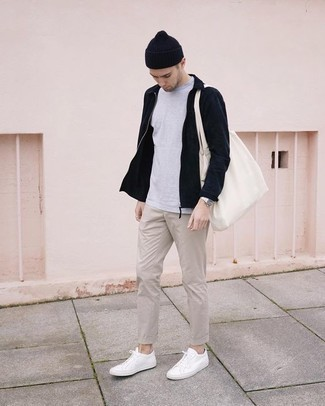 How to Wear a White Canvas Tote Bag For Men: A navy harrington jacket and a white canvas tote bag are a great look to incorporate into your daily off-duty lineup. If you wish to effortlessly polish off your ensemble with footwear, throw white canvas low top sneakers in the mix. This combo looks great on 20-year-old men.
