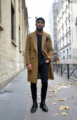 How to wear: black leather dress boots, black chinos, black crew-neck t-shirt, olive overcoat