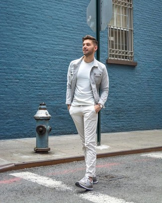 How to wear: grey low top sneakers, white chinos, white crew-neck t-shirt, grey shirt jacket