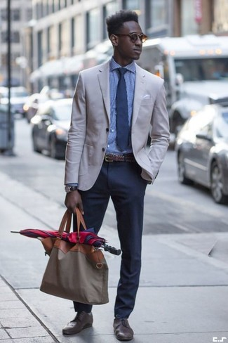How to wear: dark brown leather brogues, navy chinos, blue gingham dress shirt, grey blazer