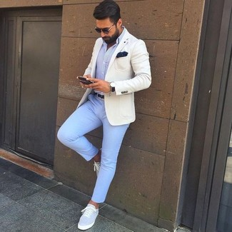 How to wear: grey canvas low top sneakers, light blue chinos, light blue dress shirt, beige blazer