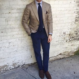 How to wear: dark brown suede tassel loafers, navy chinos, light blue dress shirt, brown blazer