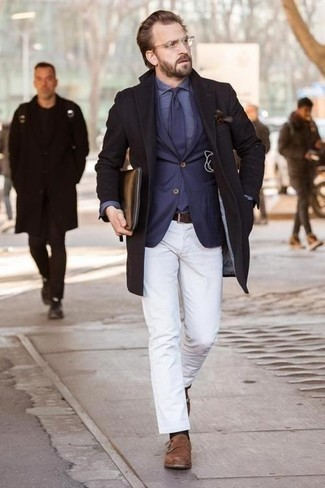 How to Wear a Blue Dress Shirt For Men: A blue dress shirt and white chinos are an easy way to infuse some elegance into your current lineup. To introduce an extra dimension to your ensemble, introduce a pair of brown suede double monks to your look.