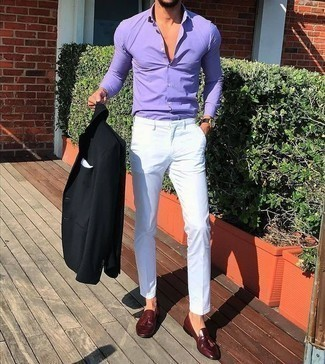 How to Wear a Light Violet Dress Shirt For Men: For relaxed sophistication with an alpha male finish, you can go for a light violet dress shirt and white chinos. Channel your inner Ryan Gosling and complement this look with a pair of burgundy leather tassel loafers.