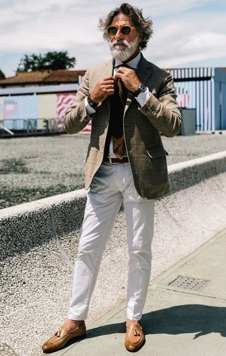 How to Wear a Dark Brown Leather Watch For Men: Who said you can't make a stylish statement with a contemporary outfit? Draw the attention in a tan check blazer and a dark brown leather watch. Avoid looking too casual by finishing with a pair of tan leather tassel loafers.