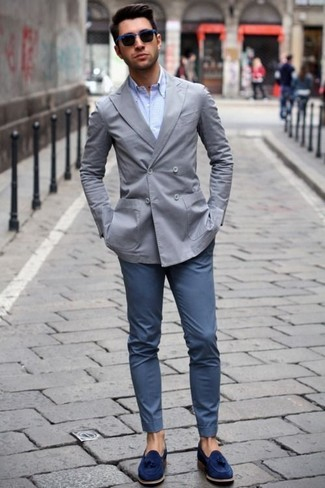 How to wear: navy suede tassel loafers, navy chinos, light blue dress shirt, grey double breasted blazer