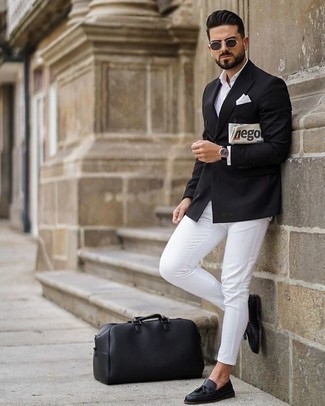 How to Wear Black Leather Tassel Loafers: A black double breasted blazer and white chinos are an easy way to infuse some manly refinement into your casual styling repertoire. Why not add black leather tassel loafers to this look for a sense of refinement?