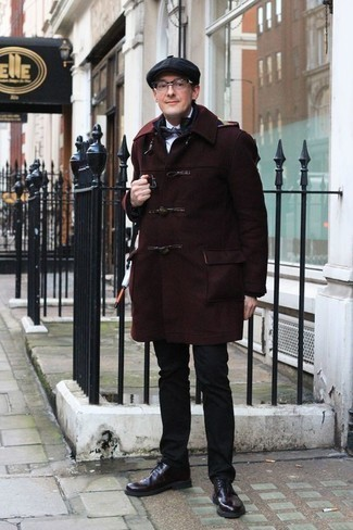 How to Wear Burgundy Leather Derby Shoes: As you can see here, looking casually neat doesn't take that much time. Just dress in a burgundy duffle coat and black chinos and you'll look incredibly stylish. Breathe an element of polish into your ensemble by sporting burgundy leather derby shoes.