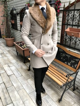 How to wear: black suede chelsea boots, black chinos, white dress shirt, beige fur collar coat