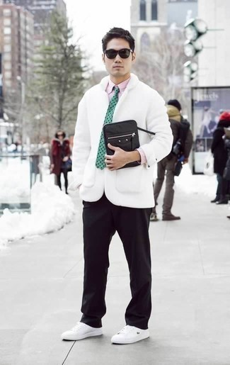 How to Wear a Pink Dress Shirt For Men: For an effortlessly sleek look, pair a pink dress shirt with black chinos — these pieces play perfectly well together. White canvas low top sneakers will bring a dose of stylish nonchalance to an otherwise classic outfit.