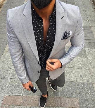 How to wear: black leather slip-on sneakers, charcoal chinos, black print long sleeve shirt, grey blazer