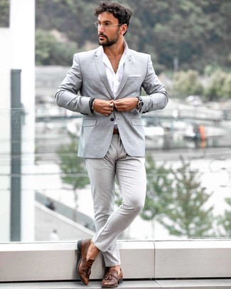 How to wear: brown leather tassel loafers, grey chinos, white long sleeve shirt, grey blazer