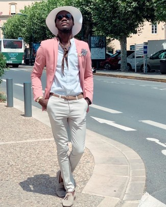 How to wear: beige suede tassel loafers, white chinos, white long sleeve shirt, pink blazer
