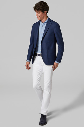 How to wear: navy suede desert boots, white chinos, light blue long sleeve shirt, navy blazer