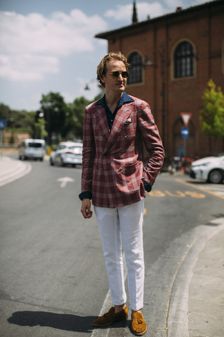 How to wear: tobacco suede tassel loafers, white chinos, navy long sleeve shirt, red plaid blazer