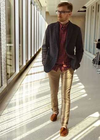 How To Wear a Long Sleeve Shirt With Chinos: If you're on a mission for a casual but also stylish ensemble, rock a long sleeve shirt with chinos. For maximum fashion points, introduce a pair of tobacco woven leather loafers to the equation.