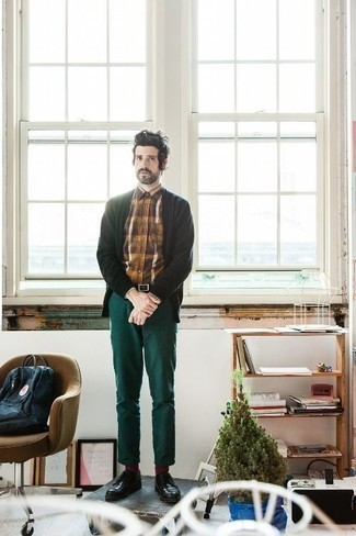 How to Wear Dress Shoes For Men: This pairing of a dark green cardigan and dark green chinos is hard proof that a safe off-duty outfit can still be really interesting. Why not add dress shoes to the mix for an added dose of sophistication?