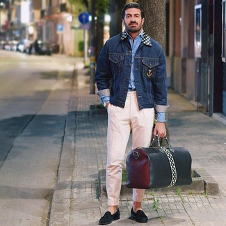 How to wear: black suede tassel loafers, pink chinos, light blue long sleeve shirt, navy denim jacket