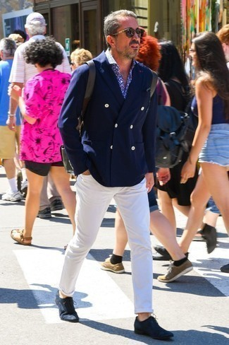 How to Wear a Navy and White Floral Long Sleeve Shirt For Men: Channel your inner zen and marry a navy and white floral long sleeve shirt with white chinos. For extra style points, introduce a pair of navy suede oxford shoes to the equation.
