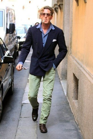 How to Wear Mint Chinos: Teaming a navy double breasted blazer and mint chinos is a guaranteed way to infuse class into your wardrobe. If you need to easily step up your getup with footwear, complete this ensemble with dark brown leather loafers.