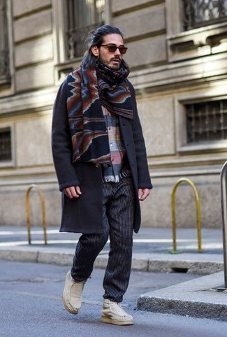 How to Wear Brown Sunglasses For Men: Try teaming a navy overcoat with brown sunglasses for a stylish and easy-going ensemble. Throw white leather desert boots into the mix to instantly ramp up the fashion factor of any getup.