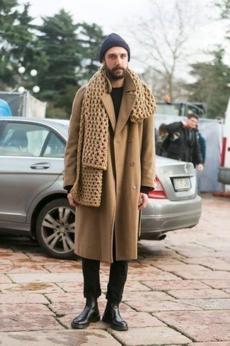 How to Wear a Navy Beanie For Men: Why not team a camel overcoat with a navy beanie? As well as very functional, both of these pieces look cool when married together. And if you wish to easily bump up your outfit with a pair of shoes, why not add black leather chelsea boots to the equation?