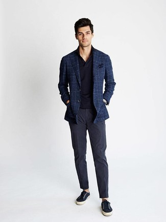 How to Wear Navy Canvas Low Top Sneakers For Men: A navy plaid blazer and navy chinos are the kind of effortlessly classic items that you can style a hundred of ways. Navy canvas low top sneakers are an effective way to inject a dose of stylish nonchalance into this ensemble.