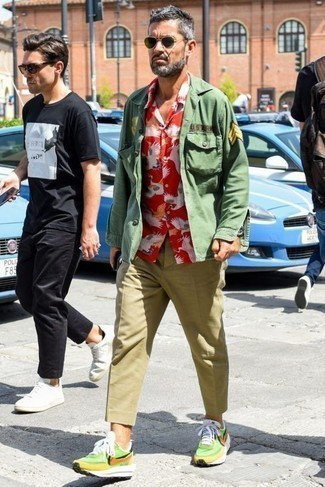 Men's Looks & Outfits: What To Wear In 2020: No matter where the day takes you, you'll be stylishly prepared in an olive shirt jacket and khaki chinos. If you need to effortlessly dress down this look with a pair of shoes, add green-yellow athletic shoes to the mix.