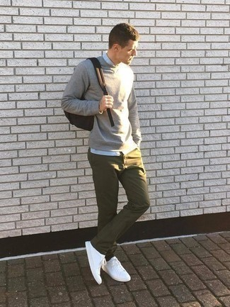 How to Wear Socks For Men: If you're searching for an urban and at the same time stylish ensemble, pair a grey sweatshirt with socks. White canvas low top sneakers will contrast beautifully against the rest of the getup. Wondering how to nail casual looks well into your 30s? This combination is a practical example.