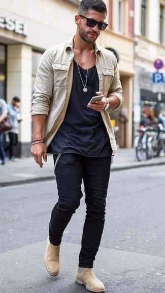 How to Wear Beige Suede Chelsea Boots Smart Casually For Men: This off-duty combination of a beige long sleeve shirt and navy chinos couldn't possibly come across other than seriously stylish. A pair of beige suede chelsea boots can effortlessly spruce up your ensemble.