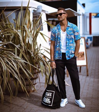 How to wear: white leather low top sneakers, black chinos, white tank, aquamarine print short sleeve shirt