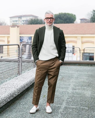 How to wear: white leather tassel loafers, brown chinos, white turtleneck, dark green wool blazer