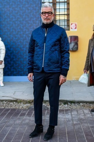 How to Wear a Black Turtleneck For Men: One of the most popular ways for a man to style a black turtleneck is to combine it with navy chinos for a casual look. If you need to easily kick up this outfit with a pair of shoes, complete this getup with black suede chelsea boots.
