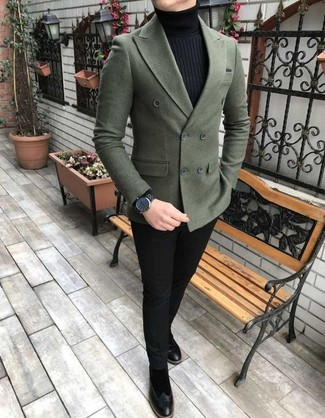 How to wear: black suede chelsea boots, black chinos, black turtleneck, dark green wool double breasted blazer