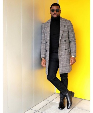 How to Wear a Gold Watch For Men: Fashionable and practical, this pairing of a grey plaid overcoat and a gold watch provides with variety. And if you wish to instantly kick up your getup with one piece, why not add a pair of black leather dress boots to the mix?