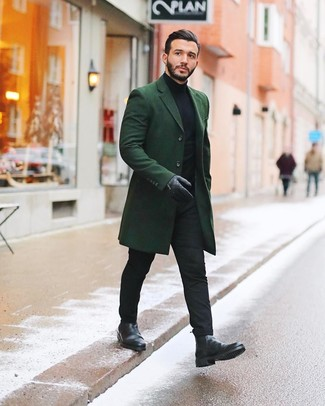 How to Wear Black Leather Gloves For Men: Opt for a dark green overcoat and black leather gloves to achieve a contemporary and stylish outfit. Get a bit experimental with footwear and spruce up your ensemble by finishing off with black leather chelsea boots.