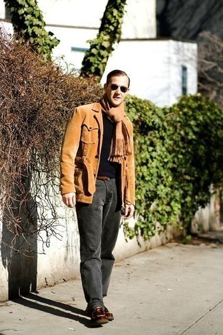 How to Wear a Brown Leather Belt For Men: Marrying a tan corduroy shirt jacket with a brown leather belt is an on-point idea for a casual yet stylish getup. Go the extra mile and jazz up your look with a pair of brown leather desert boots.