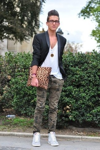 How to Wear Olive Camouflage Chinos: A black blazer and olive camouflage chinos matched together are the ideal combo for those who prefer casually sleek looks. Add a carefree feel to this getup by rounding off with a pair of light blue high top sneakers.