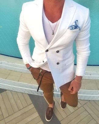 How to wear: dark brown leather tassel loafers, brown chinos, white v-neck t-shirt, white double breasted blazer