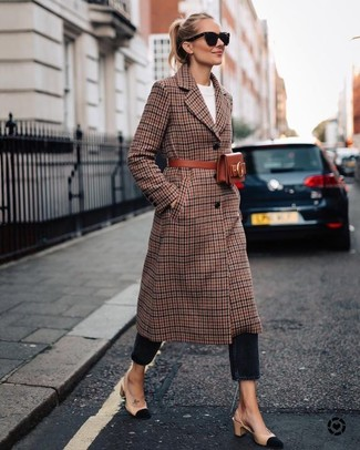How to wear: brown plaid coat, white crew-neck sweater, black jeans, beige suede pumps