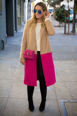 A smart casual combo of a hot pink coat and a bag can maintain its relevance in many different circumstances. A pair of black suede knee high boots brings the dressed-down touch to the outfit. So if you're on a mission for an ensemble that's stylish but also entirely spring_friendly, look no further.