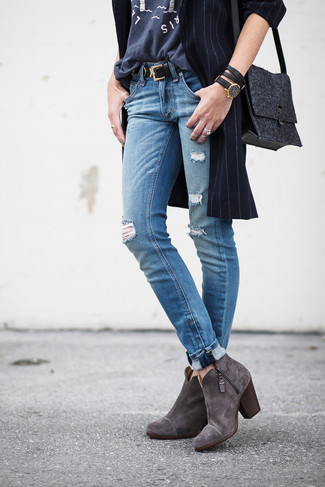 How to wear: navy vertical striped coat, charcoal print crew-neck t-shirt, blue ripped jeans, charcoal suede ankle boots