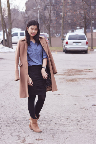 Go for a camel coat and a black leather watch to ooze class and sophistication. Look at how well this outfit is finished off with khaki suede ankle boots. As days are getting cooler, you'll see that an outfit like this is ideal for fall.