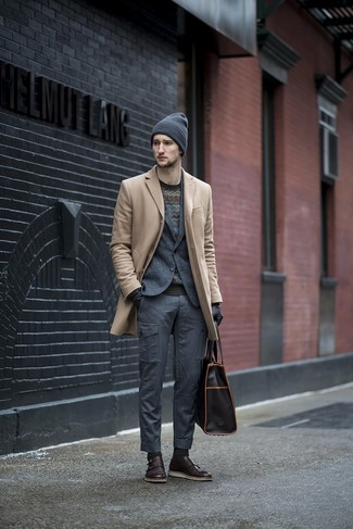 How to wear: charcoal cargo pants, black chevron crew-neck sweater, charcoal wool blazer, beige overcoat