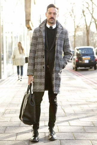 How to Wear a Black Leather Tote Bag For Men: Wear a grey houndstooth overcoat with a black leather tote bag to achieve an interesting and modern-looking relaxed casual ensemble. Go ahead and introduce black leather casual boots to the mix for an extra dose of style.