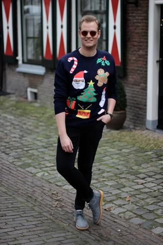 How to wear: navy christmas crew-neck sweater, black chinos, grey canvas desert boots, dark brown sunglasses