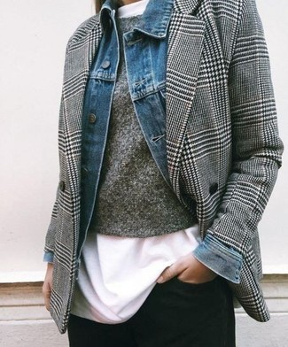 How to wear: white crew-neck t-shirt, grey crew-neck sweater, grey houndstooth double breasted blazer, blue denim jacket