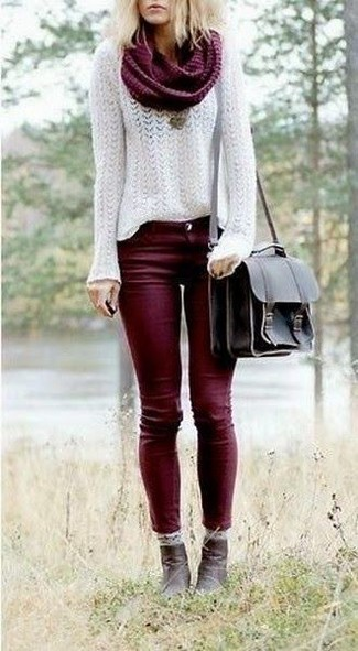 Dress in a white mohair crew-neck jumper and oxblood skinny jeans for both chic and easy-to-wear look. And if you want to instantly up the style of your look with one piece, add dark brown leather ankle boots to the equation. This getup is a wonderful pick when spring arrives.