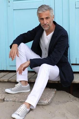 How to wear: white chinos, white crew-neck t-shirt, grey cardigan, navy blazer